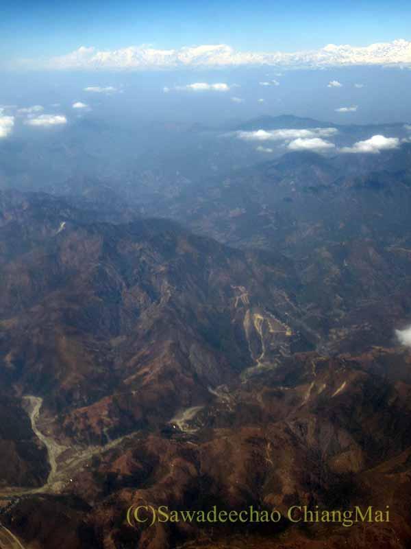 タイ国際航空TG319便カトマンズ行きから見たヒマラヤ山脈中央部