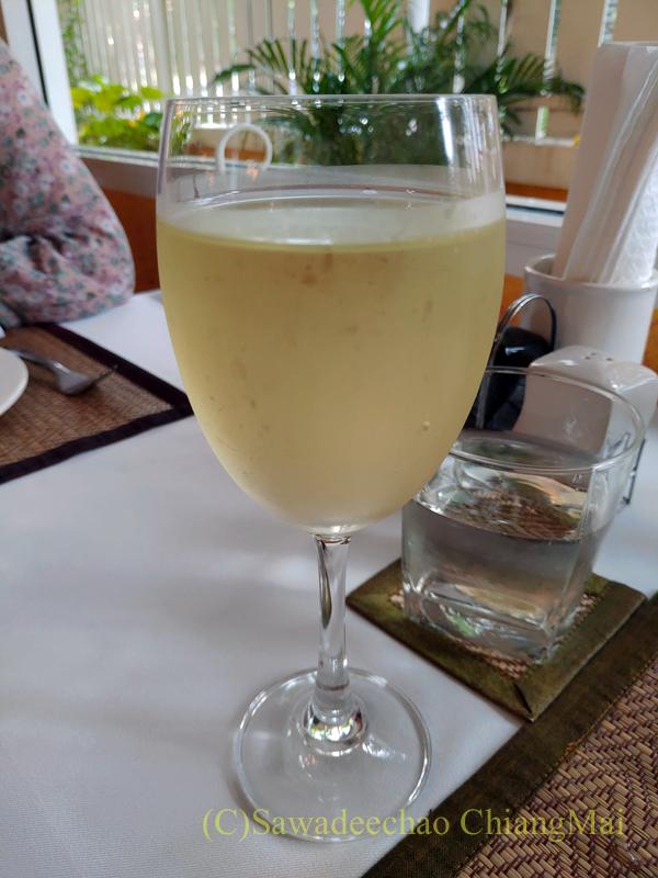 チェンマイにあるレストラン、リトルイタリーガーデンのワイン