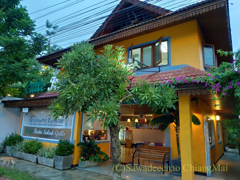 チェンマイにあるレストラン「リトルイタリーガーデン」外観